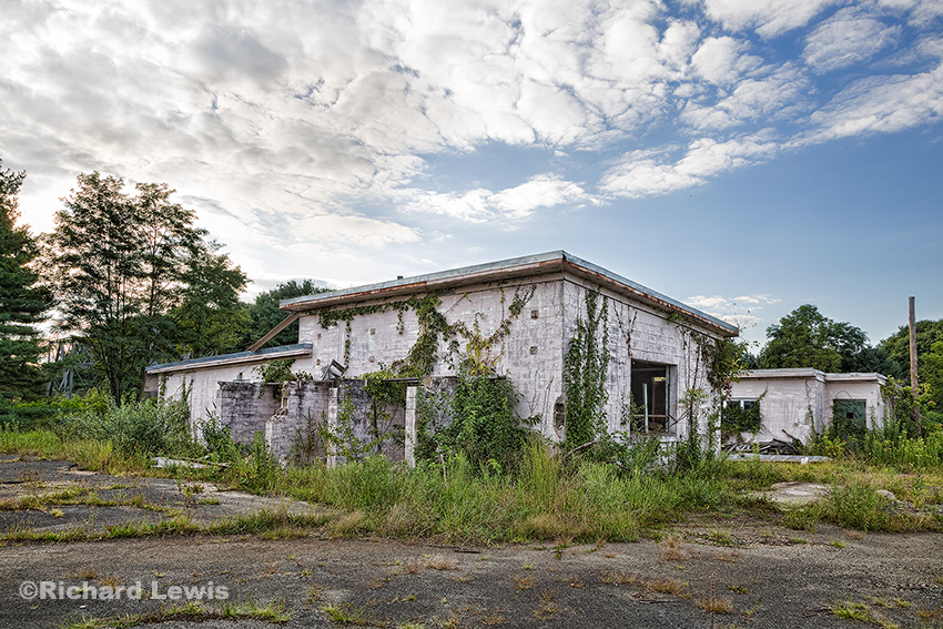 Nike Missile Battery PHL23/25 by Richard Lewis