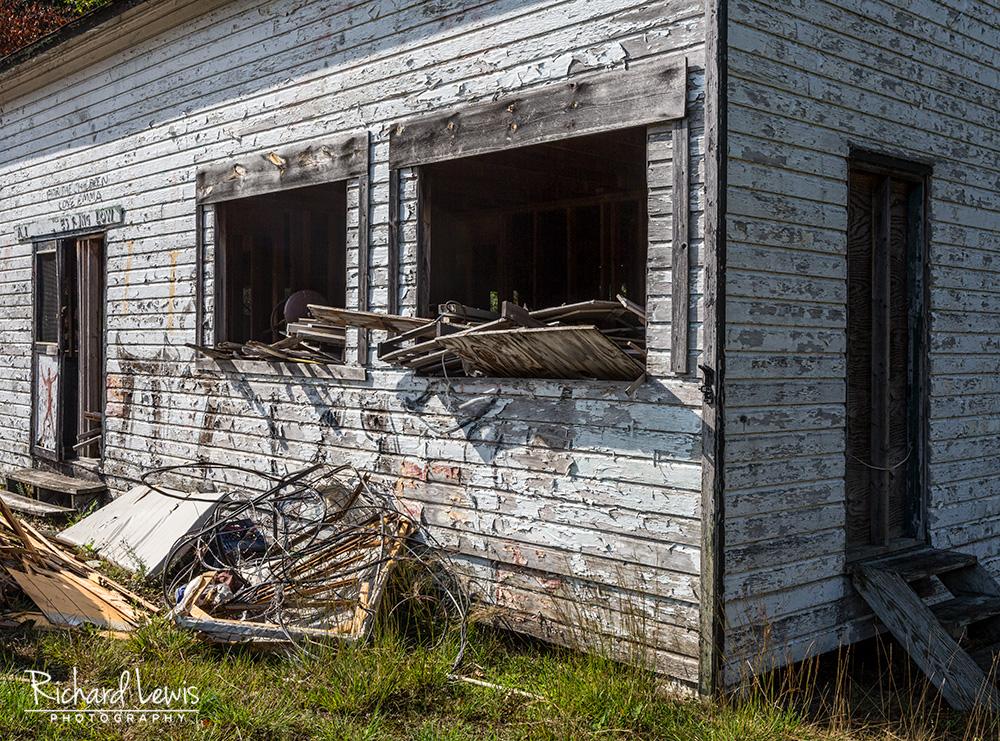 Cejwin Camp Remanent by Richard Lewis