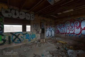 Interior Graffiti Bombay Beach