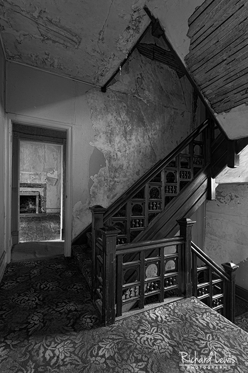 Abandoned White Hill Mansion - Richard Lewis Photography